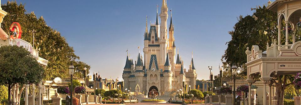 Os 6 castelos da Disney pelo mundo